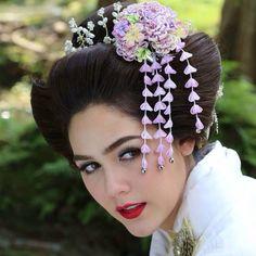 ARAYA A. HARGATE Chompoo Araya, Mario Maurer, Movie Stars, Lips, Asian, Crown, Hair Styles, Inspiration, Beauty
