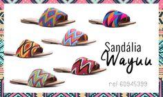 tira wayuu - Buscar con Google Wiggly Crochet, Crochet Flip Flops, Shoe Boots, Shoe Bag, Shoes, Crochet Stitches, Footwear, Tapestry, Flats