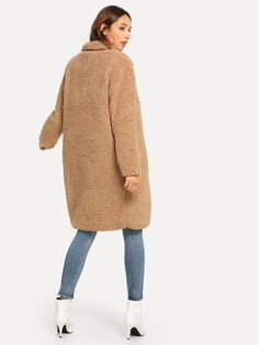 Super cozy and warm Perfect for everyday wear Camel color Thick Warm Faux Fur Two Deep Side pockets Wide-waisted Material: Wool Blends New York Outfits, Teddy Coat, Types Of Sleeves, Street Style Women, Double Breasted, Outerwear Jackets, Fashion News, Fur Coat, Clothes For Women