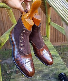 Enzo Bonafe button boots with Antique boots trees - Grade A Crocodile skin. send us your offers if your a size US9, UK8 EU42. . We still have over 200 pairs of rtw, samples, returned & uncollected custom Vass, Lobb, Edward Green, Crocketts and Church...