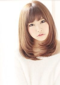 asian hairstyles for women - Bing images Medium Long Hair, Long Hair Cuts, Medium Hair Styles, Long Hair Styles, Girl Haircuts, Hairstyles With Bangs, Kawaii Hairstyles, Japan Hairstyle, Shot Hair Styles