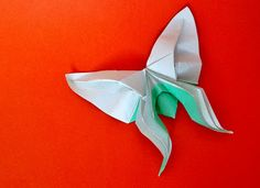 Beautiful Origami Butterfly by Hoàng Tiến Quyết