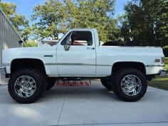 Cool 4x4 chevy... Old Pickup Trucks, Lifted Chevy Trucks, Classic Chevy Trucks, Hot Rod Trucks, Gm Trucks, Diesel Trucks, Cool Trucks, Chevy 4x4, Suv Cars