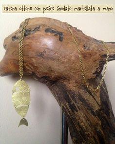 Catena pesce snodato in ottone martellato Www.etsy.com