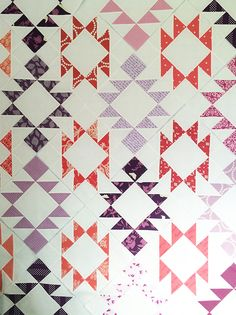 Picnic Point quilt @ Fresh Lemons Quilts; done in aztec style, yes!
