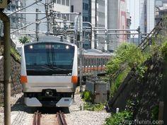 E233系 中央線: funini.com