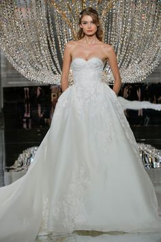 38 Stunning Fall Looks from Bridal Fashion Week - Pronovias from InStyle.com