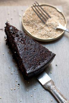 torta con quinoa, cioccolato e caffè