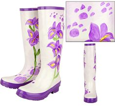 Incredible Paw Print & Flower Rain Boots found with many great products on The Animal Rescue Site, a partner of PetFinder. Each purchase helps rescued animals. Fantastic!