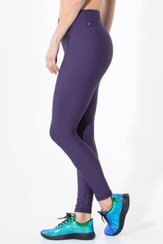 5e925359bab2a Made by Silver Icing, these exclusive leggings are superb, both in style  and quality