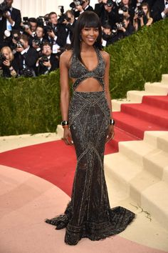 Pin for Later: These Looks Prove That Models Treat the Met Gala Like the Fashion Oscars Naomi Campbell In Roberto Cavalli.
