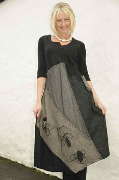 Mara Gibbucci black/grey dress.916