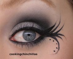 CookingChinchillas: Quick silver black smokey eye