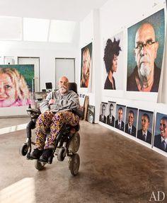 Look Inside the Studios of Jeff Koons Vik Muniz Chuck Close and More Photos Chuck Close Paintings, Creative Class, Jeff Koons, Exhibition, Famous Artists, Contemporary Artists, Modern Contemporary, American Artists, Art Studios