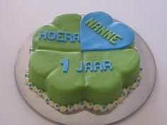 Clover cake
