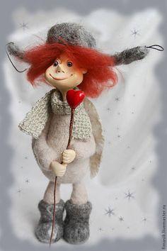 Купить или заказать Ноябрьский ангел Лапушок в интернет-магазине на Ярмарке Мастеров. Лапушок - добрый и уютный нарядный ангел, яркое оранжевое облачко в сером пасмурном ноябре, с удовольствием поделится с вами своим теплом…