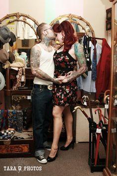 Tarophotos.com.   Rockabilly couple