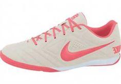 bb6684e9d1 Chuteiras Femininas para Futebol e Futsal  Fotos e Modelos