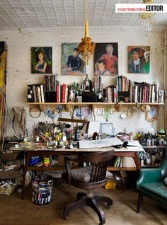 organized clutter <3