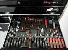 ToolBox Widget has the best range of mechanic tool organizers, screwdriver organizers, wrench organizers. Garage Tool Storage, Garage Tools, Garage Workshop, Dewalt Tools, Milwaukee Tools, Mechanic Tools, Drawer Organisers, Socket Set, Diy Supplies