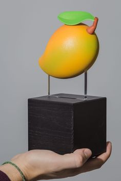 You always wanted to see how that in-game melon looks in real life? 3D printed and painted by hand for Moonduck TV.