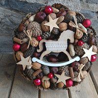 Jídlo a floristika / Zboží | Fler.cz 4th Of July Wreath, Burlap Wreath, Christmas Wreaths, Holiday Decor, Burlap Garland