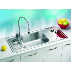 There is a kitchen sink to compliment every style of decor from sleek modern stainless steel kitchen sinks that would set off a contemporary kitchen alongside more traditional styles such as the ceramic Belfast sink. Steel Kitchen Sink, Kitchen Sinks, Metal Sink, Belfast Sink, Metal Homes, Stainless Steel Kitchen, Cool Kitchens, Pop Up, Kitchen Appliances