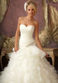 Elegant Organza Ball Gown Sweetheart Sleeveless With Applique Wedding Dress picture 1