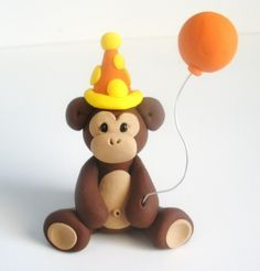 fondant by aisha Cupcake Tier, Cupcake Cookies, Fondant Monkey, Monkey Cakes, Decors Pate A Sucre, Monkey Birthday, Cake Birthday, Safari Cakes, Jungle Cake
