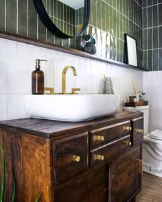 Get the how to on creating this one of a kind DIY Geometric Wood Feature Wall with Floating Bench that makes a huge statement! Modern Vintage Bathroom, Modern Vintage Decor, White Bathroom Tiles, Small Bathroom, Bathroom Ideas, Bathroom Feature Wall Tile, Bathroom Art, Bathroom Inspo, Bathroom Wallpaper