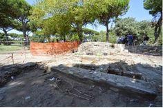 Arqueólogos encontram cemitério romano multicultural de 2.700 anos