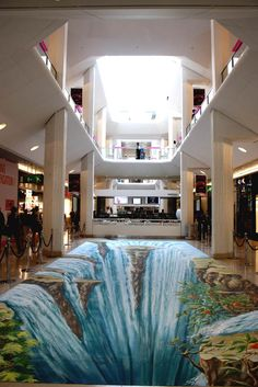 Manfred Stader's 3D indoor waterfall