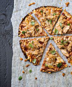 Tortillapizza | K-ruoka  Tortillapizza on helppo tarjottava lastenkutsuilla, sillä jokainen pikkuvieras voi valita täytteet oman makunsa mukaan. #lastenkutsut