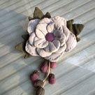Do..Did...Done... Felt Flowers, Diy Flowers, Fabric Flowers, Handmade Flowers, Handmade Crafts, Diy And Crafts, Japanese Patchwork, Crazy Patchwork, Fabric Crafts