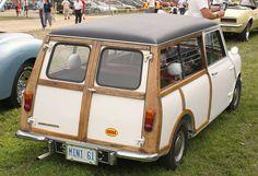 1961 Morris Mini Minor wagon