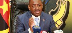 Luanda vai ter transporte para 12 mil passageiros por viagem http://angorussia.com/noticias/angola-noticias/luanda-vai-ter-transporte-para-mil-passageiros-por-viagem/