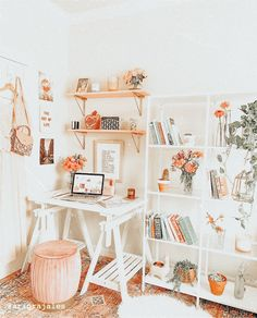 Cute Bedroom Decor, Room Ideas Bedroom, Bedroom Inspo, Teen Bedroom Desk, Dream Bedroom, Cute Room Ideas, Pretty Room, Aesthetic Room Decor, Cozy Room