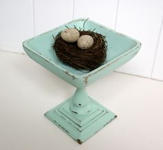 this was an old candle holder and a ugly wooden bowl, voila! I have to make one.