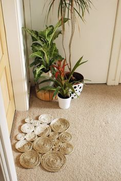 DIY Welcome Mats - DIY Rope Coil Doormat - Greet Guests in Style with These Easy and Cheap Home Decor Ideas for Your Entry. Doormat Tutorials for Creative Ways to Cover Your Floors and Front Door http://diyjoy.com/diy-welcome-mats