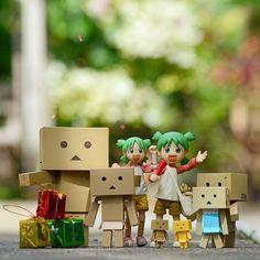 amazon box man starbucks. amazon box danbo caricature man starbucks