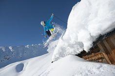 Super Ski Card Kitzbüheler Alpen Tirol. 1 Skipass für 23 Skigebiete in Österreich! Der größte Player in den Kitzbüheler Alpen.  Über 2.750 Pistenkilometer - 937 Liftanlagen Salzburg, Ski Card, Olympia, Mount Everest, Art Nouveau, Super, Tours, Mountains, Nature
