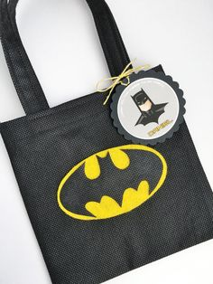 Set of 12 Batman Favor Bags with Personalized Thank You Tags, Batman Goody Bags, Batman Party Bags, Batman Birthday, Batman Party, Superhero