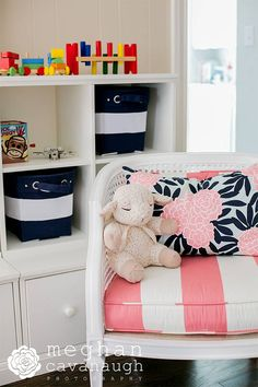 We love this bright play kid-friendly playroom!
