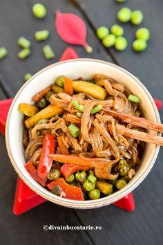 RETETE DE MANCARE DE POST   Diva in bucatarie Raw Vegan Recipes, Vegan Food, Paste, Ratatouille, Quinoa, Green Beans, Broccoli, Carrots, Diva