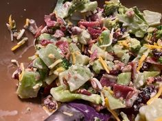 Sweet & Tangy BROCCOLI BACON SALAD * Cheese, dried Cranberries, Optional Nuts * Creamy Dressing Broccoli Salad Bacon, Bacon Salad, Fresh Broccoli, Bacon Recipes, Salad Recipes, Cranberry Cheese, Recipe Please, Dinner Salads, Side Salad