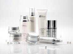 Get superior quality cosmetics, beauty & skin care products to look gorgeous from leading brand store at discounted price. Home Treatment, Skin Care Treatments, Top Skin Care Products, Body Products, Best B, Brand Store, Good Skin, Beauty Skin, Natural Skin Care