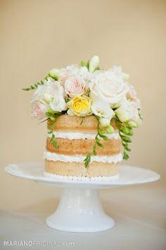 bare naked cake- love!