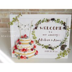 . weddingウェルカムボード♡ . . 大切な親友の結婚式に ウェルカムボードを作りました(*´꒳`*)♡ . . ウェルカムボードという 大切な物を作らせて頂けて . それを飾って 花嫁さんの大切なゲストの方々を お迎えしてもらえるなんて 本当に光栄なことでした(;o;)♡ こういう大切なものを作らせて頂けるのは嬉しい限りです . . 親友の結婚式はもう号泣で 友人代表のスピーチもさせて頂いたのですが 涙でまともに読めず…笑 . かわいいかわいい花嫁さんで とても素敵な式でした♡ . #フェイクスイーツ #スイーツデコ #ハンドメイド #樹脂粘土 #ウエディング #結婚式 #ウェルカムボード #ウエディングdiy #ネイキッドケーキ #手作りアイテム #手作りおやつ #おうちカフェ #wedding #fakesweets #miniature #handmade #minne #polymerclay #Atelier39
