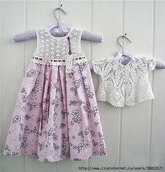 http://crocheprobebe.blogspot.com/2013/04/vestidinhos-em-croche-e-tecido-lindos-d.html