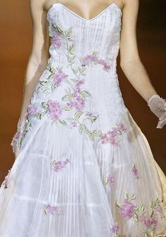 Detail shot of sweet floral dress from Roberto Cavalli Fall 2008
